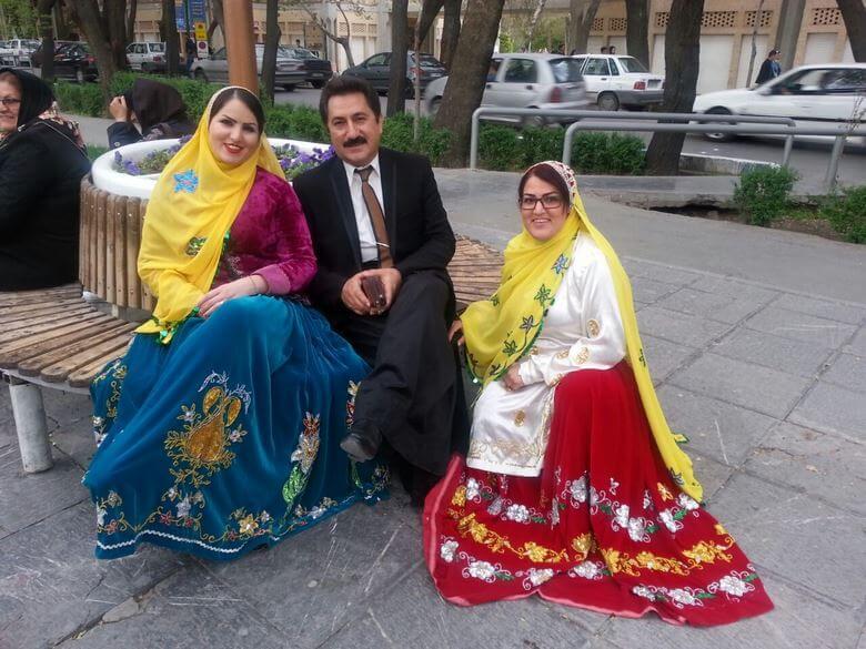 لباس های محلی ایرانی,لباس های محلی ایرانیان,لباس سنتی ایران,