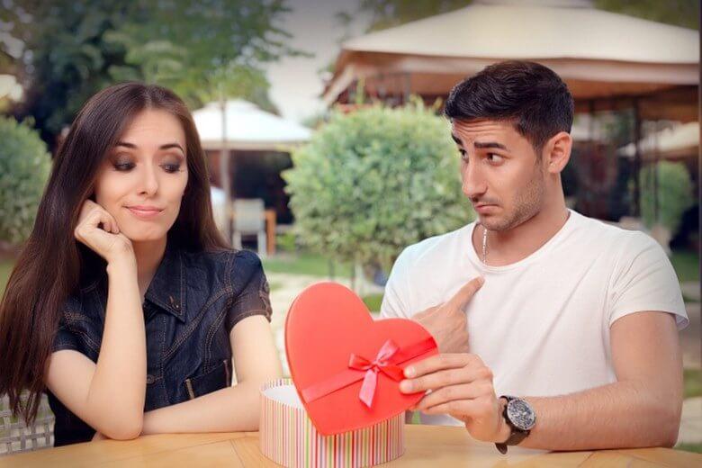 اشتباهات در رابطه عاشقانه,برگرداندن عشق به رابطه,اشتباه در رابطه عاشقانه,