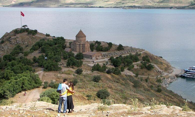 جاذبه هاي گردشگري وان تركيه,جاذبه های گردشگری شهر وان ترکیه,جاذبه های گردشگری وان ترکیه,