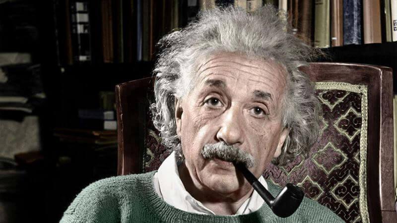 بیوگرافی آلبرت انیشتین,زندگی نامه آلبرت انیشتین,عکس آلبرت انیشتین