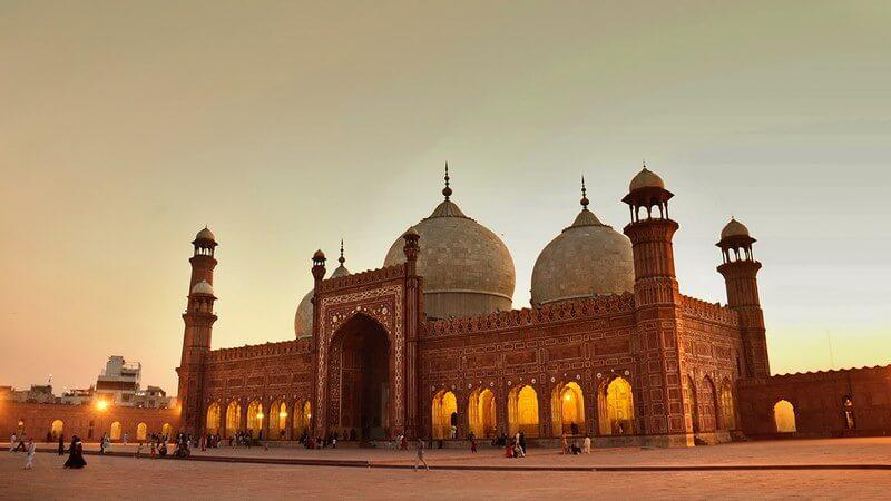 بزرگترین مسجد دنیا در کدام کشور است,بزرگترین مسجد دنیا کجاست,بزرگترين مساجد دنيا,
