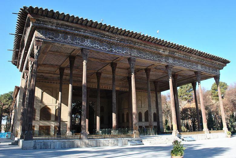 راهنمای سفر به اصفهان,هزینه سفر به اصفهان,بهترین زمان برای سفر به اصفهان,