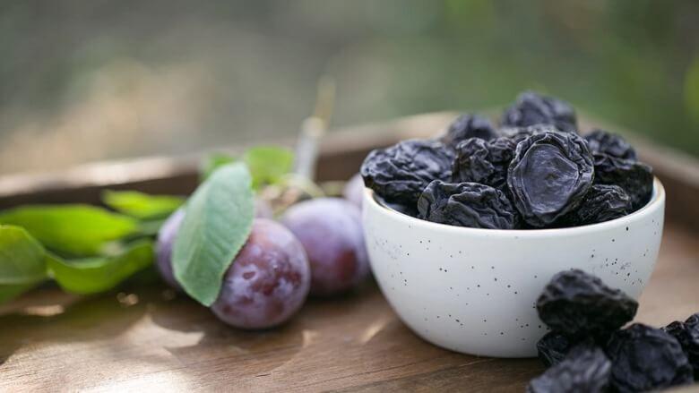 بهترین میوه برای دیابتی ها,خوردن میوه برای دیابتی ها,میوه انار برای دیابتی ها,
