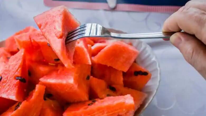 میوه انار برای دیابتی ها,میوه برای دیابتی ها,میوه های شیرین برای دیابتی ها,