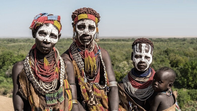 ترسناک ترین قبایل دنیا,رسوم عجيب قبائل,عجیب ترین قبایل جهان,