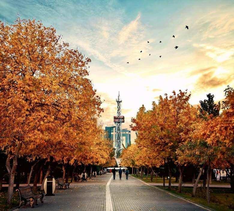 هزینه سفر به باکو,باکو کجاست,بهترين زمان سفر به باكو,