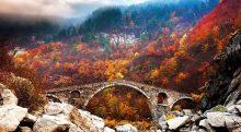 تصویر از 10 راز برای داشتن سفر پاییزی کم هزینه!