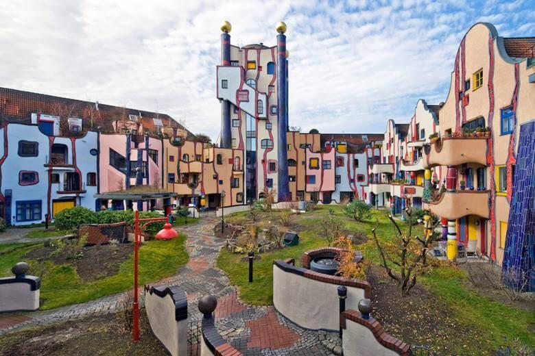 ساختمان های عجیب دنیا,ساختمان های عجیب و غریب دنیا,ساختمان های عجیب چین,
