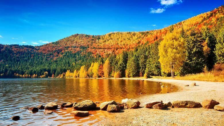 بهترین شهر برای سفر در پاییز,بهترین شهرها برای سفر در پاییز,بهترین مقاصد سفر در پاییز,