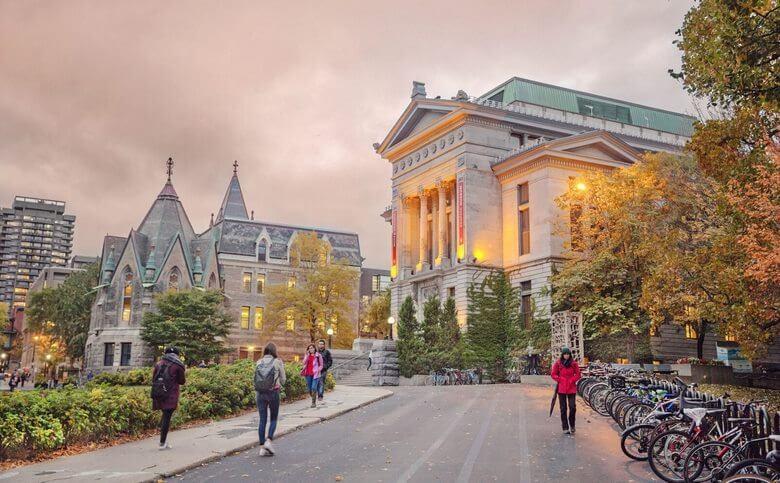معتبرترین دانشگاه های کانادا,ارزان ترین دانشگاه های کانادا,بهترین دانشگاه های کانادا