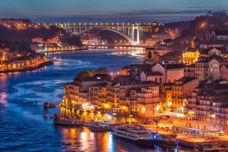 جاذبه های طبیعی پرتقال,جاذبه های گردشگری در پرتغال,جاذبه های گردشگری لیسبون پرتغال,