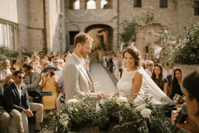 عجیب ترین رسوم ازدواج در دنیا,عجیب ترین مراسم عروسی,مراسم عجیب شب عروسی,