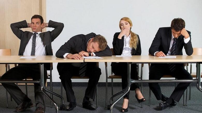 همکار بد در محیط کار,بد اخلاقی در محیط کار,رفتارهای بد در محیط کار,