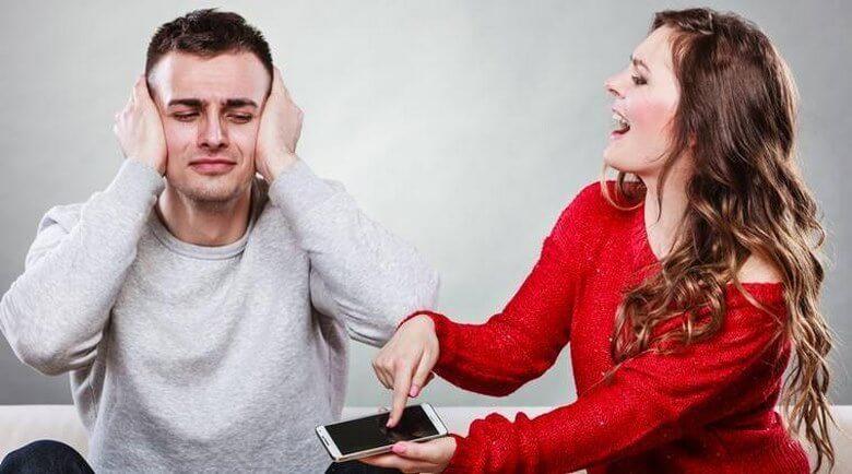 اشتباه در رابطه,اشتباه در رابطه عاشقانه,رفتارهای اشتباه در رابطه,