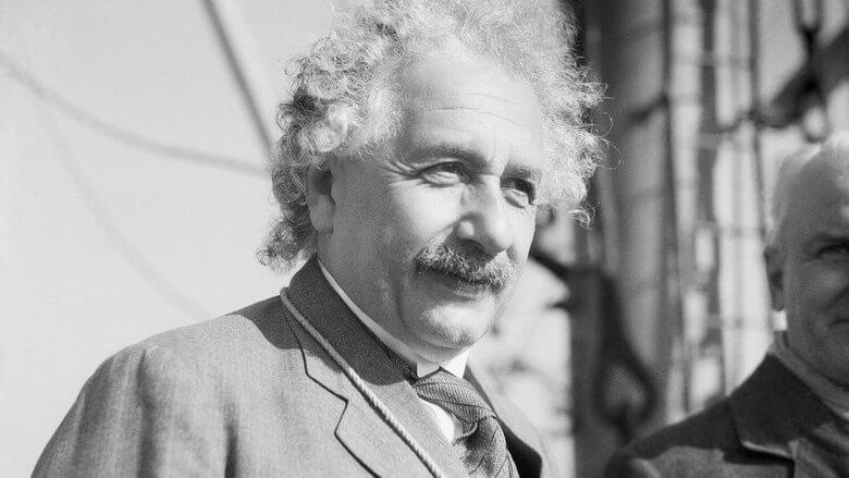 نکات جالب درباره آلبرت انیشتین,همه چی درباره آلبرت انیشتین,اطلاعاتی درباره ی آلبرت انیشتین