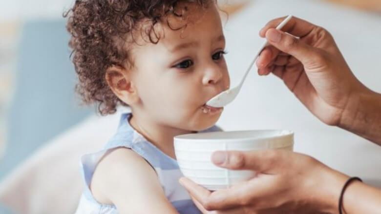 غذا برای وزن گیری کودک,وزن گیری کودک 9 ماهه,وزن گیری کودک یک ساله,