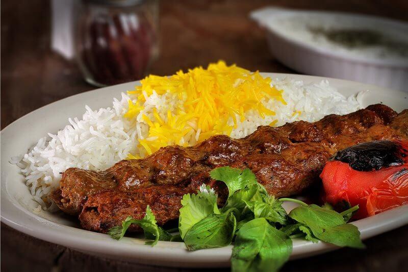 غذاهای سنتی ایرانی,غذاهای سنتی ایرانی خوشمزه,لیست غذاهای سنتی ایرانی