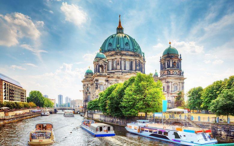 بهترین فصل سفر به برلین,خاطرات سفر به برلین,درباره سفر به برلین