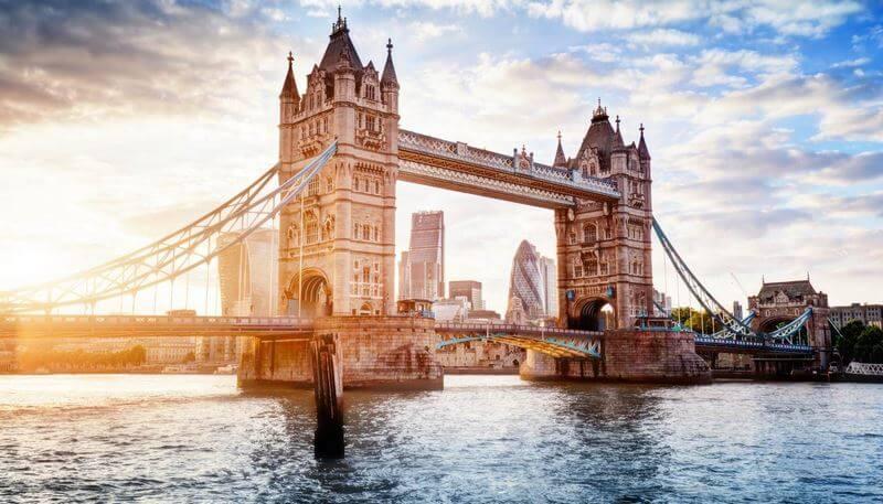 بهترین زمان سفر به لندن,بهترین زمان برای سفر به لندن,بهترین زمان خرید در لندن
