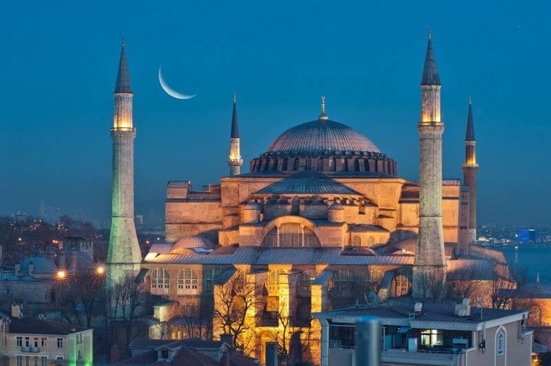 بهترین زمان سفر به استانبول ترکیه,بهترین زمان سفر به استانبول در پاییز,درباره سفر به استانبول,