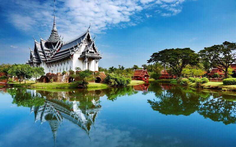 راهنمای سفر به تایلند,غذاهایی که در تایلند باید خورد,معرفی جشنواره های تایلند