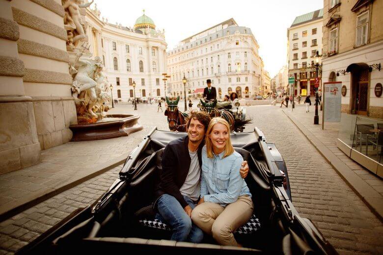 بهترین زمان برای سفر به وین,بهترین فصل سفر به وین,تجربه سفر به وین