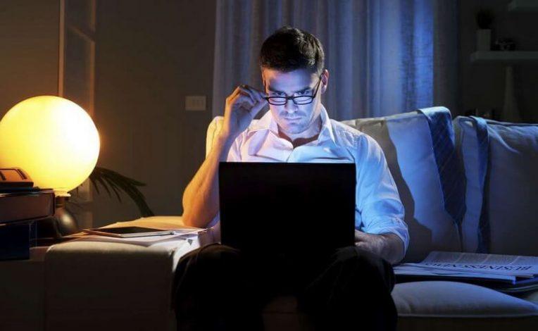 بهترین راه برای شب بیداری,راه حل برای شب بیداری,راه هایی برای بیداری در شب