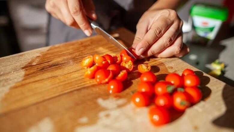 معایب خوردن گوجه فرنگی,معایب گوجه فرنگی,مضرات گوجه فرنگی,