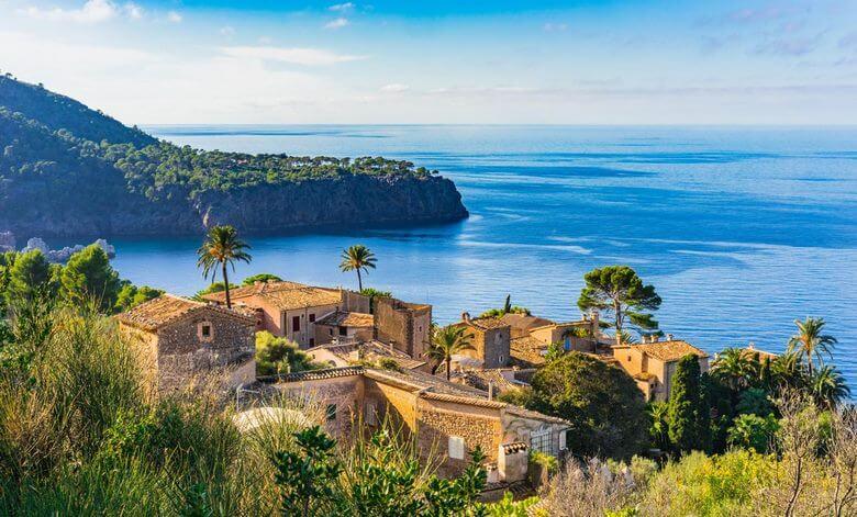 بهترین فصل سفر به اسپانیا,بهترین فصل مسافرت به اسپانیا,زمان سفر به اسپانیا,