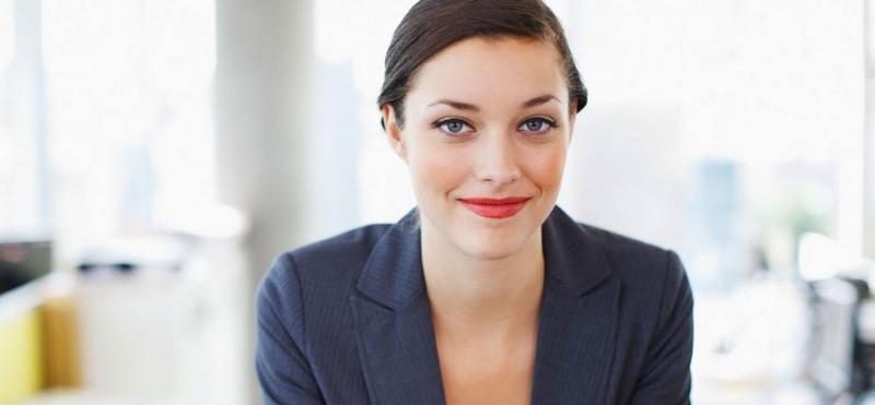 افزایش اعتماد به نفس در زنان,افزایش اعتماد به نفس در مقابل زنان,بالا بردن اعتماد به نفس در زنان