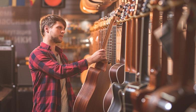 سایت دولاچنگ,آموزش گیتار,اپلیکیشن دولاچنگ