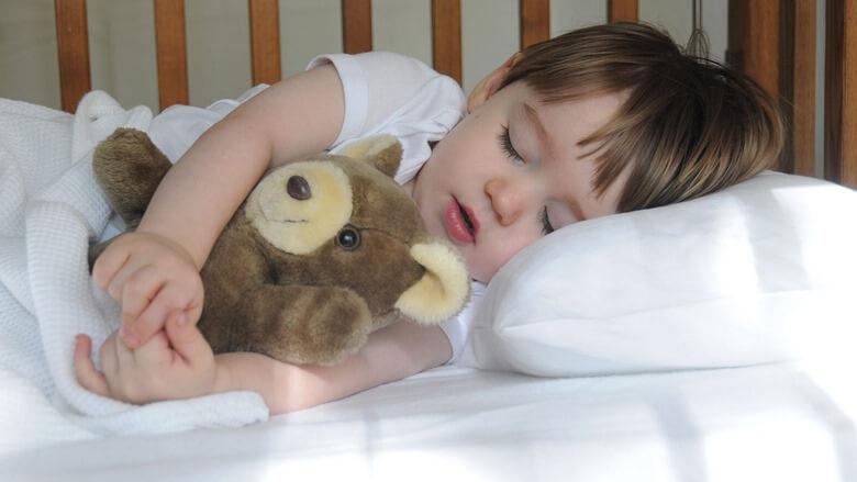 زمان تنظیم خواب نوزاد,نحوه تنظیم خواب نوزاد,چگونگی تنظیم خواب نوزاد,