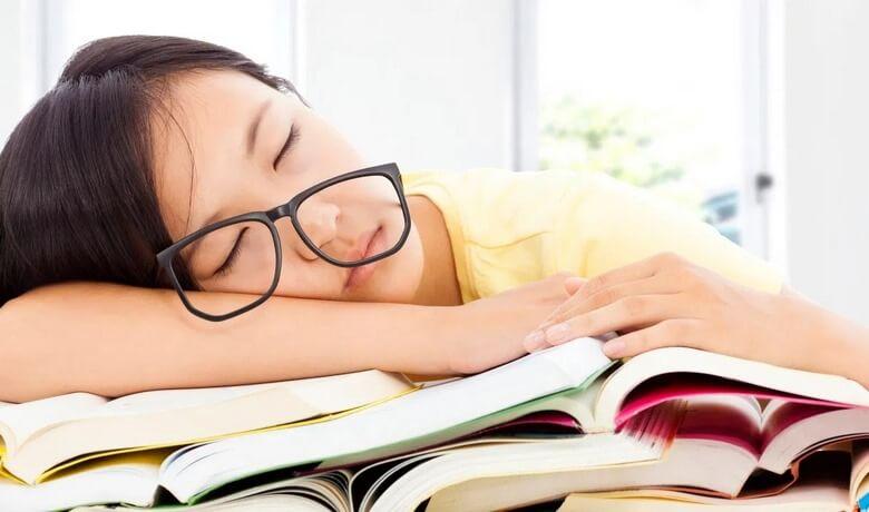 مطالعه کتاب,نحوه صحیح مطالعه کتاب,کتاب خواندن,