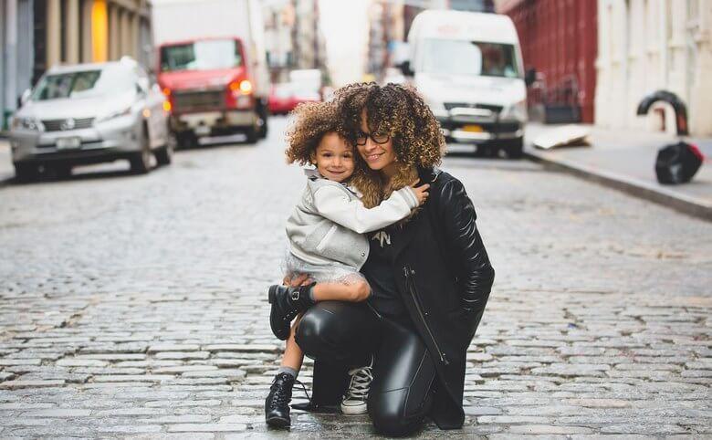 مادر شاغل,مادر شاغل موفق,مادران شاغل,