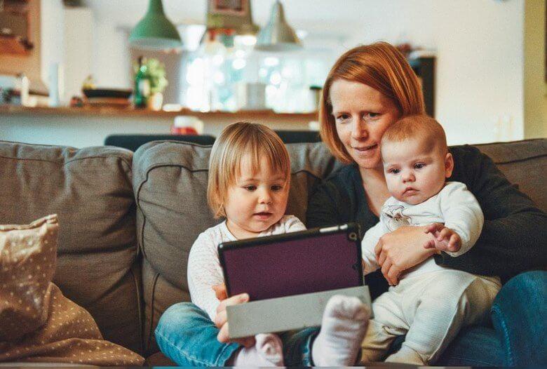 مزایا و معایب مادران شاغل,مادر شاغل,مادر شاغل موفق,